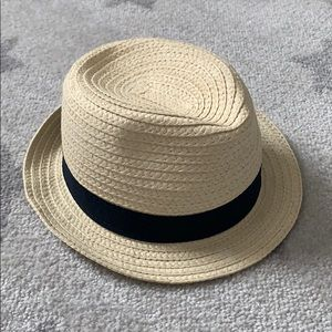 Baby Gap 12-18 month straw hat